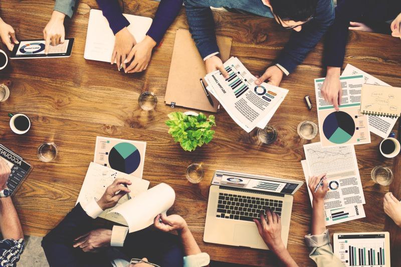 【週1以上/業務委託】金融・製薬など得意分野を持つコネクション営業のプロ人材募集!!