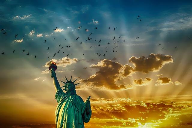 statue-of-liberty-2501264_640