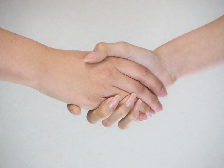 バカッター・バイトテロ対策にはアルバイトの労務管理とともに信頼関係が大切!
