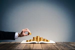 未払い賃金の時効が2年から5年に?企業がとる請求への対策を解説